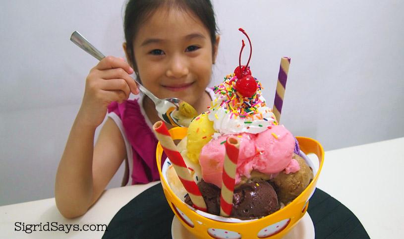Bacolod Cupcake Cafe - ice cream bowl