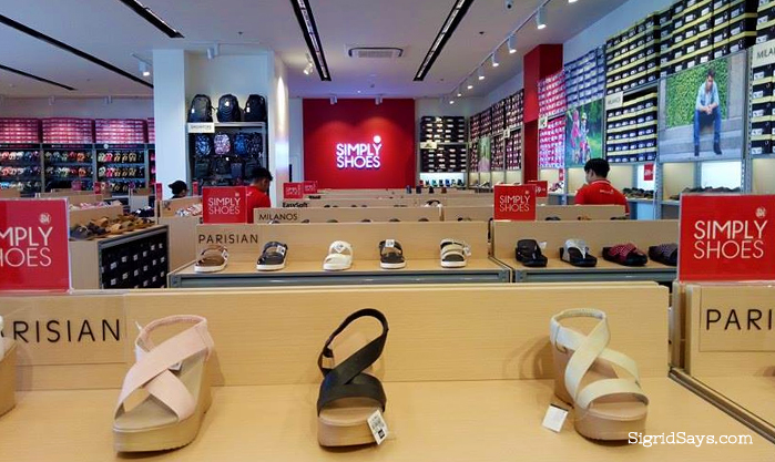 SIMPLY SHOES Opens 3 Stores in Negros Occidental