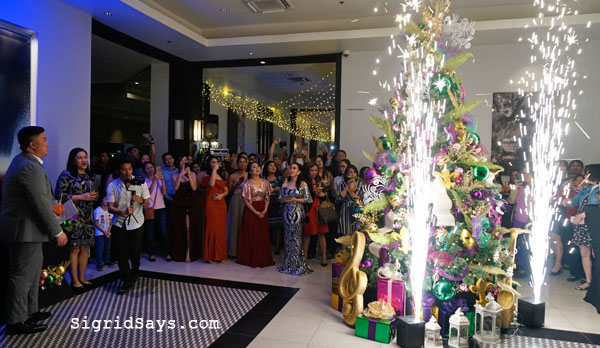 Seda Capitol Central Bacolod celebrates 2nd anniversary - Bacolod hotels - Bacolod blogger - Christmas tree lighting