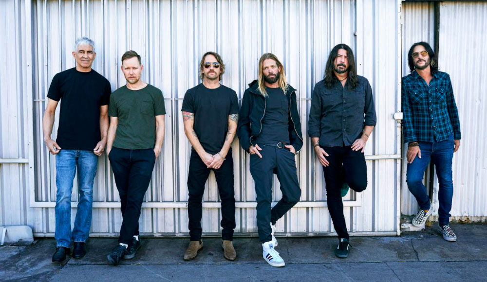 Medicine At Midnight by Foo Fighters: Living Legacy of Rock Music